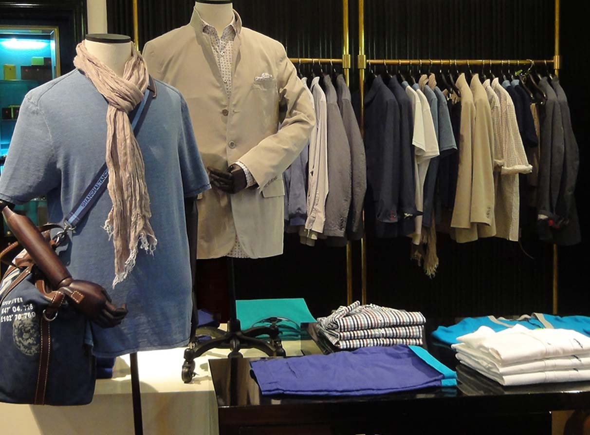 menswear visual merchandiser London