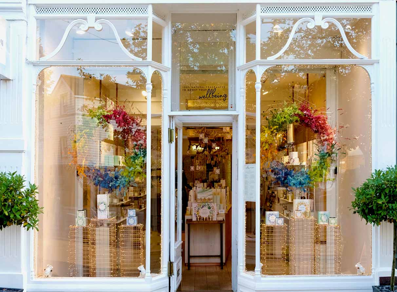 Neom Organics Christmas window display Wimbledon